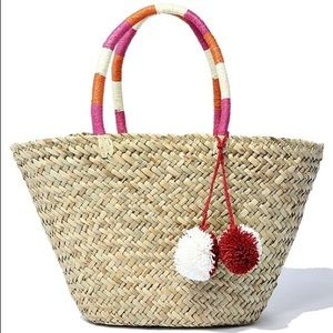💐NEW💐STRAW TOTE WITH RED AND WHITE POM POMS